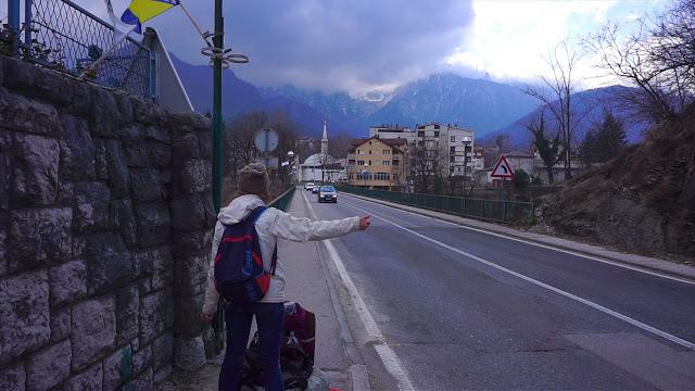 Jul&Gaux SerialHikers autostop hitchhiking aventure adventure alternative travel voyage volontariat volonteering bosnie herzegovine first time hitchhiked