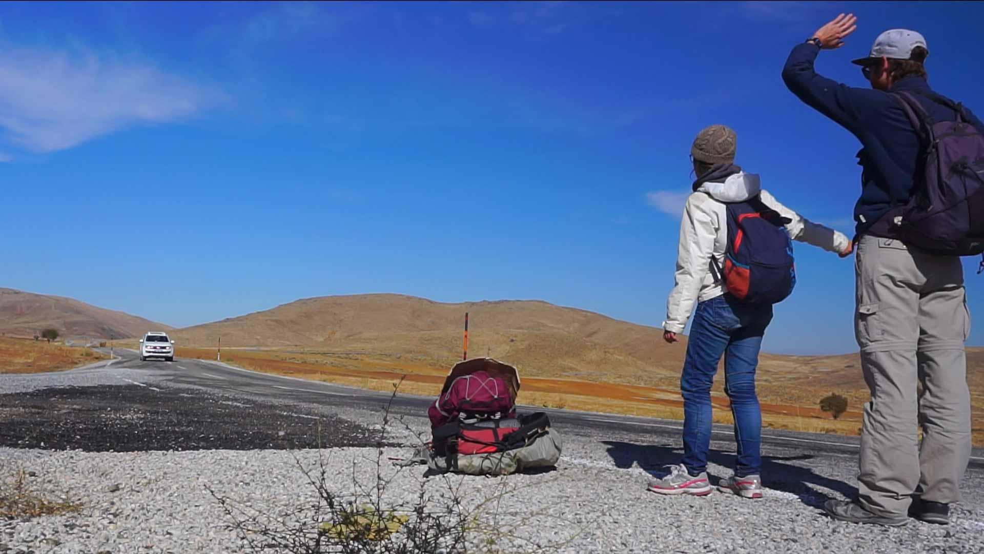 SerialHikers stop autostop world monde tour hitchhiking aventure adventure alternative travel voyage sans avion no fly guide