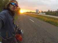 Jul&Gaux SerialHikers autostop hitchhiking aventure adventure alternative travel voyage volontariat volonteering bike axel