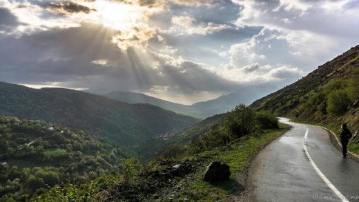 Jul&Gaux SerialHikers autostop hitchhiking aventure adventure alternative travel voyage volontariat volonteering brod kosovo