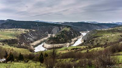 Jul&Gaux SerialHikers autostop hitchhiking aventure adventure alternative travel voyage volontariat volonteering uvac canyon serbia