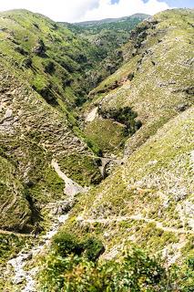 JSerialHikers stop autostop world monde tour hitchhiking aventure adventure alternative travel voyage sans avion no fly gjirokaster albania albanie