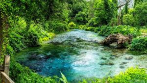 Une source envoûtante nommée Blue Eye – Albanie