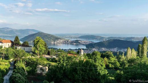 Jul&Gaux SerialHikers autostop hitchhiking aventure adventure alternative travel voyage volontariat volonteering kastoria greece grece