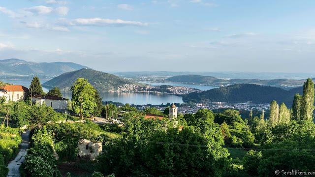 SerialHikers stop autostop world monde tour hitchhiking aventure adventure alternative travel voyage sans avion no fly kastoria greece grece
