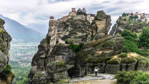 Jul&Gaux SerialHikers autostop hitchhiking aventure adventure alternative travel voyage volontariat volonteering monastries monasteres meteores meteora