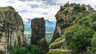 SerialHikers stop autostop world monde tour hitchhiking aventure adventure alternative travel voyage sans avion no fly grèce meteora greece meteores