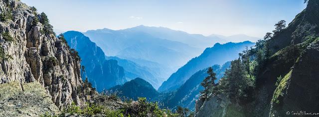 Jul&Gaux SerialHikers autostop hitchhiking aventure adventure alternative travel voyage volontariat volonteering zagori greece grece montagne mountains hiking dragon lake lac