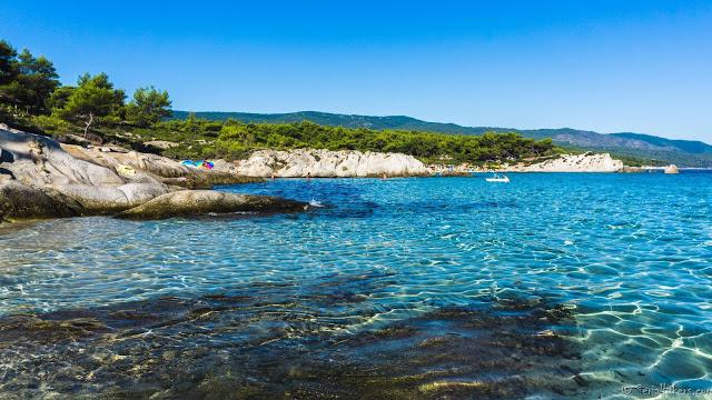 Jul&Gaux SerialHikers autostop hitchhiking aventure adventure alternative travel voyage volontariat volonteering halkidiki greece grece orange beach plage