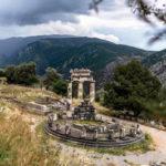 Jul&Gaux SerialHikers autostop hitchhiking aventure adventure alternative travel voyage volontariat volonteering greece grece delphi ancient