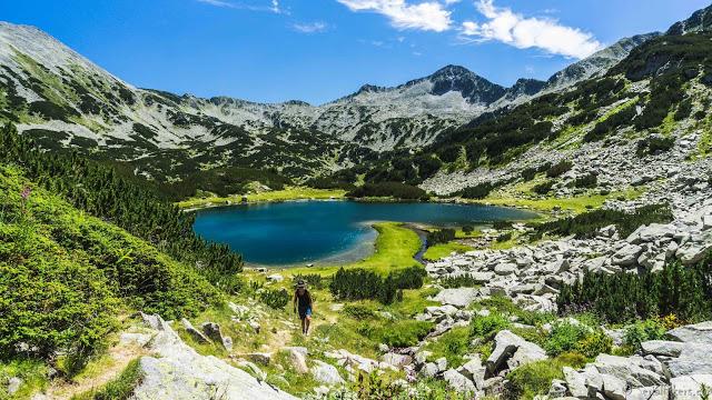 Jul&Gaux SerialHikers autostop hitchhiking aventure adventure alternative travel voyage volontariat volonteering bansko bulgaria bulgarie hiking randonnee pirin