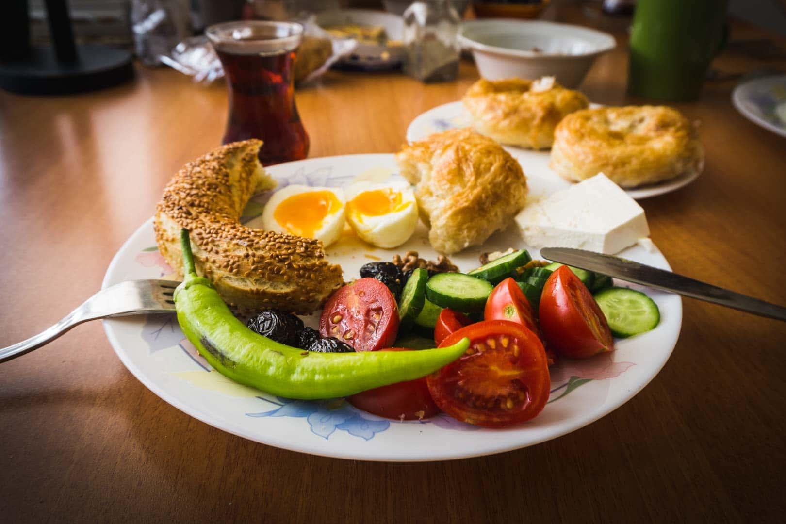 recettes turques serialhikers cook cuisine turquie turkish breakfast izmir