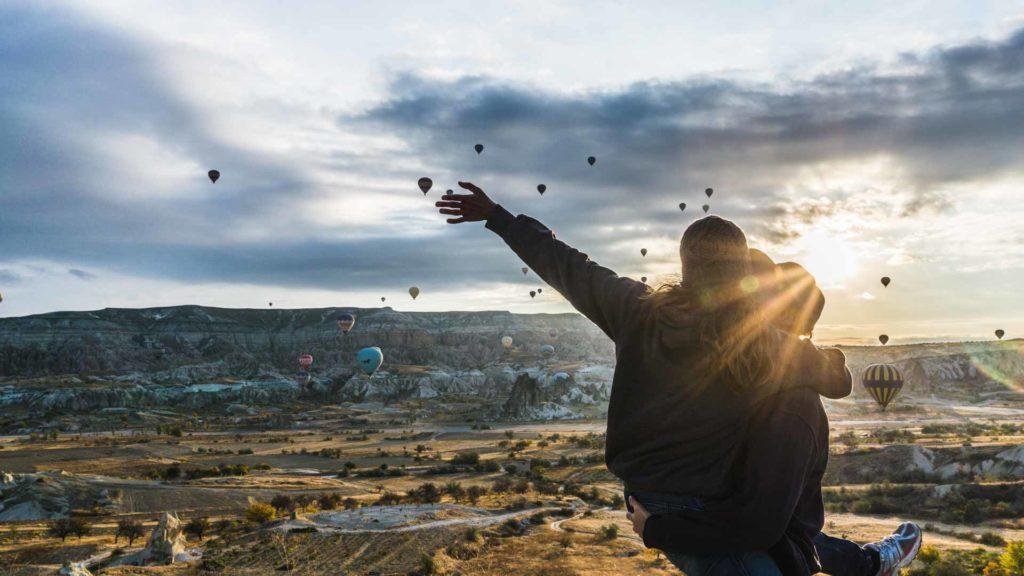 Cappadocia cappadoce turquie turkey serialhikers jul et gaux autostop volontariat hitchhiking world tour volonteering adventure aventure