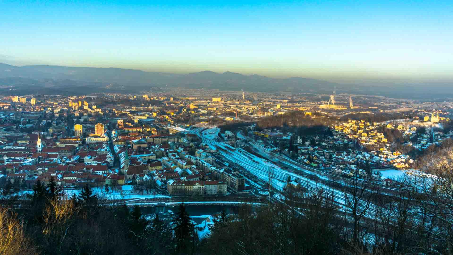 Slovenia slovénie Celje artist castle serialhikers tour du monde world trip voyage alternatif autostop hitchhiking volontariat volonteering adventure aventure