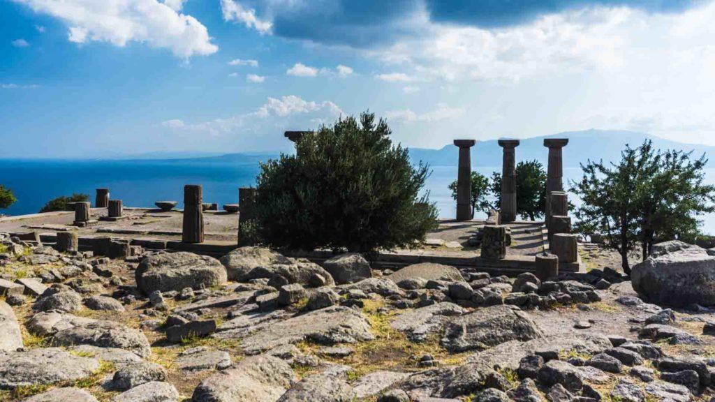 Turquie Assos archaeological archéologie Turkey serialhikers tour du monde world trip voyage alternatif autostop hitchhiking volontariat volonteering adventure aventure