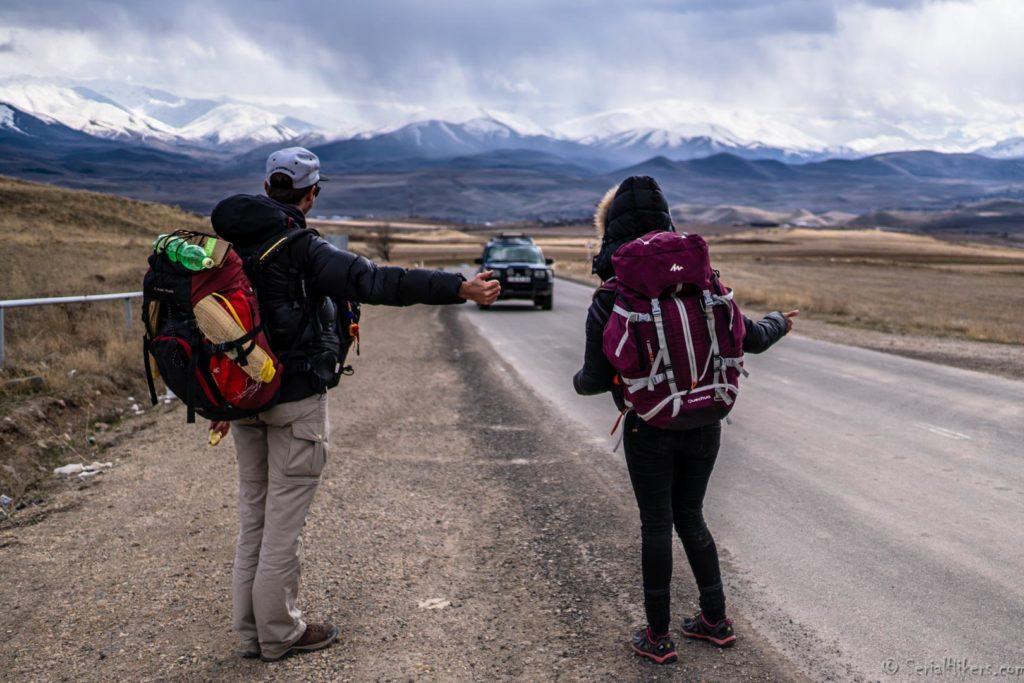 backpacking Jul&Gaux SerialHikers autostop hitchhiking aventure adventure alternative travel voyage volontariat volonteering caucase armenia armenie