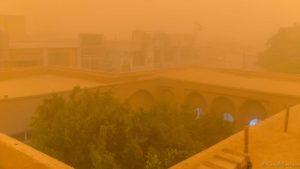 La première fois… au cœur d'une tempête de sable