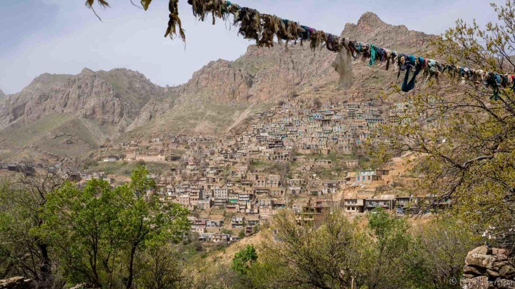 uraman kurdistan backpacking Jul&Gaux SerialHikers autostop hitchhiking aventure adventure alternative travel voyage volontariat volonteering Iran
