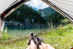 Kazakhstan Kaindy lac camping