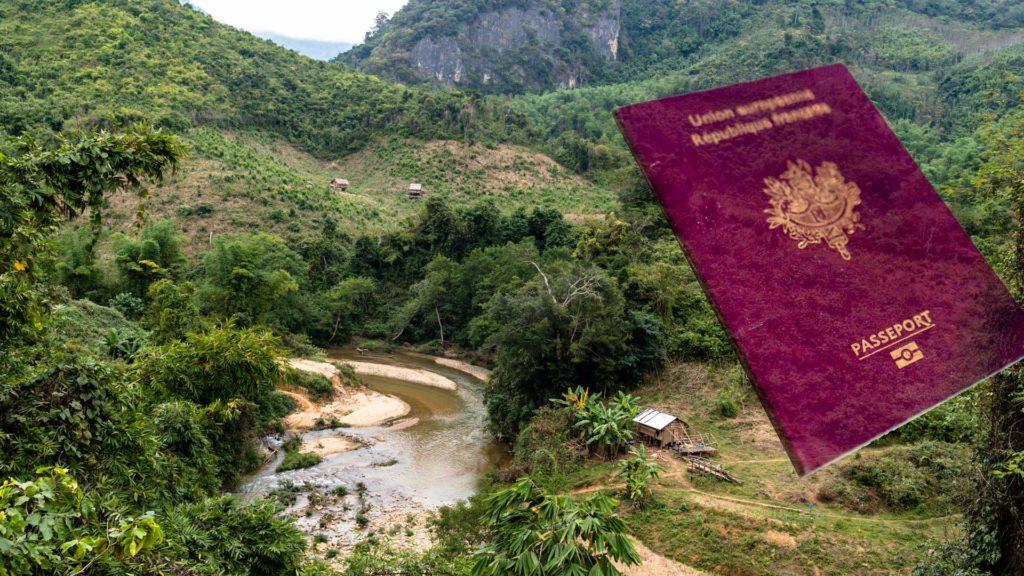 SerialHikers stop autostop world monde tour hitchhiking aventure adventure alternative travel voyage sans avion no fly Laos visa border frontiere