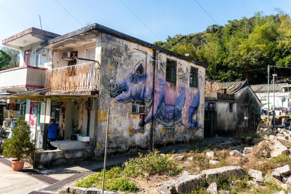 SerialHikers stop autostop world monde tour hitchhiking aventure adventure alternative travel voyage sans avion no fly hong kong ile lamma island randonnee hike street art