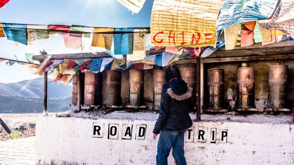 SerialHikers stop autostop world monde tour hitchhiking aventure adventure alternative travel voyage sans avion no fly china chine roadtrip newsletter tibet