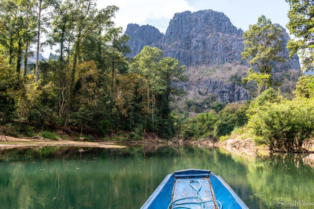 backpacking Jul&Gaux SerialHikers stop autostop world tour hitchhiking aventure adventure alternative travel voyage volontariat volonteering roadtrip laos konglor cave underwater riviere souterraine