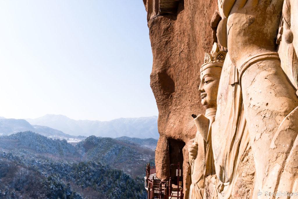SerialHikers stop autostop world monde tour hitchhiking aventure adventure alternative travel voyage sans avion no fly china chine gansu tianshui maiji grottes grottoes