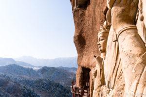 backpacking Jul&Gaux SerialHikers autostop hitchhiking aventure adventure alternative travel voyage volontariat volonteering china chine gansu tianshui maiji grottes grottoes