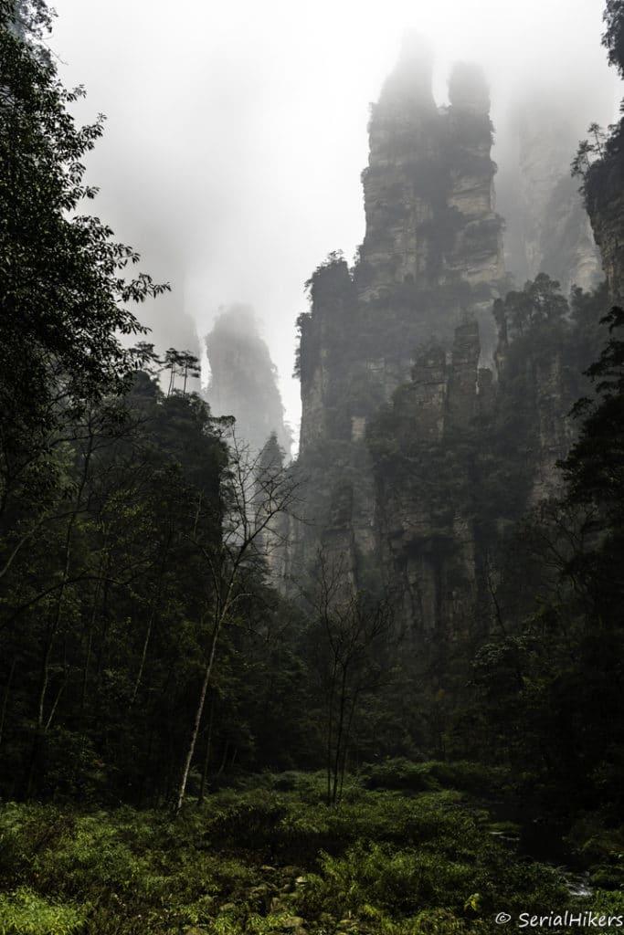 backpacking Jul&Gaux SerialHikers autostop hitchhiking aventure adventure alternative travel voyage volontariat volonteering china chine hunan zhangjiajie parc avatar
