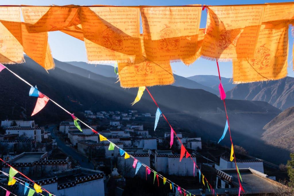 SerialHikers stop autostop world monde tour hitchhiking aventure adventure alternative travel voyage sans avion no fly china chine yunnan village tibet