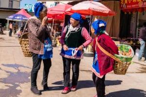 backpacking Jul&Gaux SerialHikers autostop hitchhiking aventure adventure alternative travel voyage volontariat volonteering china chine yunnan