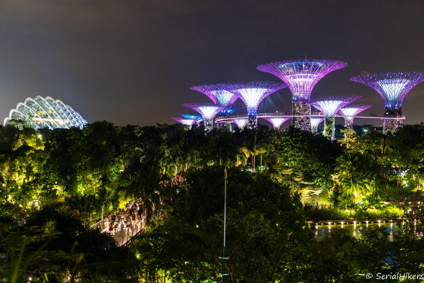 backpacking Jul&Gaux SerialHikers stop autostop world tour hitchhiking aventure adventure alternative travel voyage volontariat volonteering singapour singapore destination bay gardens light show