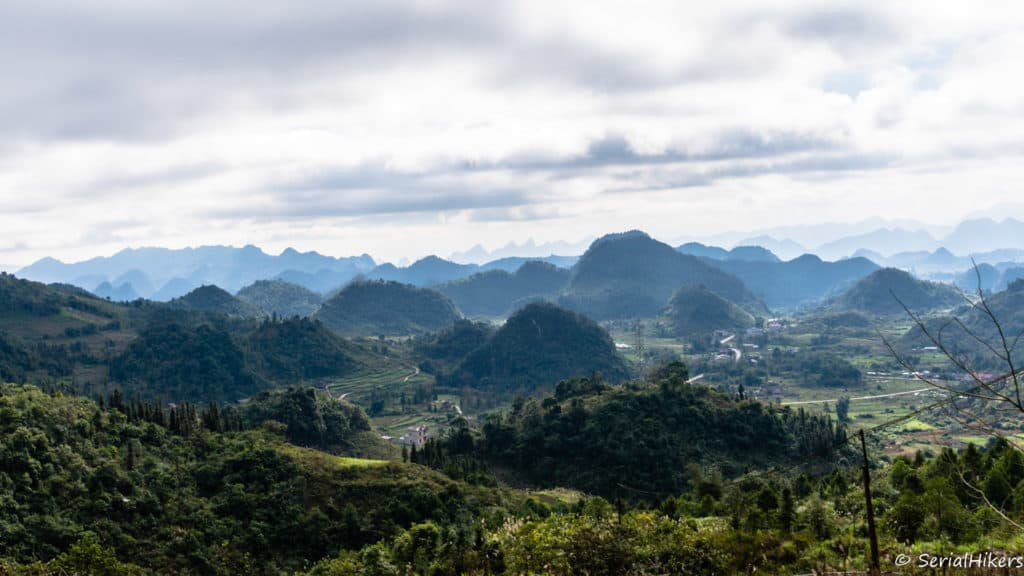SerialHikers - Alternative Travel Blog SerialHikers - Engaged Travel & Without Flight Hitchhiking trip on the Ha Giang loop and the Cao Bang mountains - Vietnam South East Asia, Vietnam Mountains, Nice roads