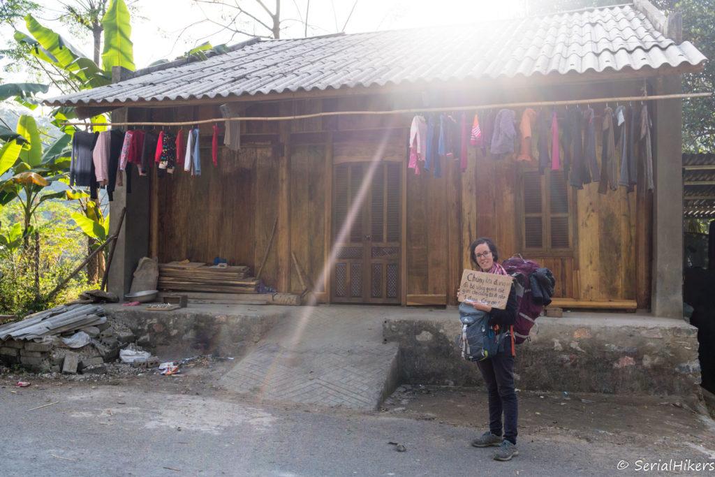 backpacking Jul&Gaux SerialHikers stop autostop world tour hitchhiking aventure adventure alternative travel voyage volontariat volonteering vietnam ha giang loop boucle